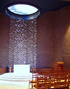 640px-MIT_Chapel,_Cambridge,_Massachusetts_-_interior
