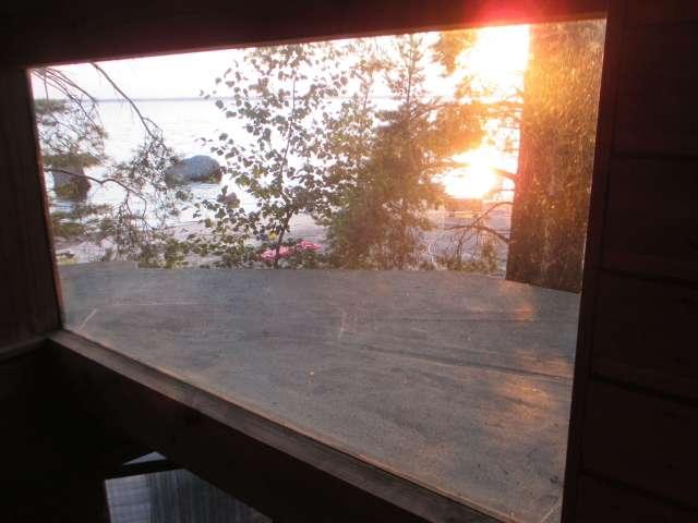 saunanluoteis-ikkunaUlos