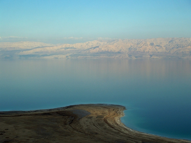 1024px-Dead_Sea_by_David_Shankbone